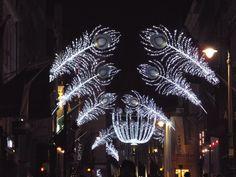 London at Christmas This photo is sponsored by Italian Aurora https://www.xinxii.com/en/italian-aurora-p-349676.html  e da Veni Vidi Vici Bici! da 0 a 139 anni   https://www.xinxii.com/it/veni-vidi-vici-bici-da-139-anni-p-349674.html  Qui trovi il video alla presentazione del libro   http://youtu.be/UYG_MWODUpE Trovi l'edizione cartacea al link http://www.ibs.it/code/9788889986806/ferraresi-andrea-p/veni-vidi-vici-bici.html