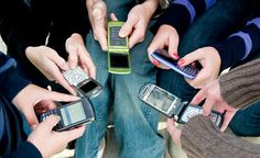 The Top Three Business Advantages of Group Texting
