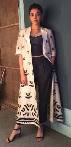 I am loving this jacket like anything Indian Attire, Indian Wear, Kurta Designs, Blouse Designs, Punjabi Dress, Desi Wear, Indian Designer Wear, Trendy Dresses, Indian Dresses