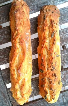 No knead French baguette Bread Recipes, Vegan Recipes, Cooking Recipes, Cooking Chef, Love Food, Food Porn, Brunch, Food And Drink, Favorite Recipes
