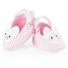 NO PATTERN BUT CUTE AND EASY IDEA TO TURN ANY SHOE INTO BUNNY SHOES