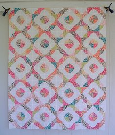 Drunkard's Path Quilt Top by jenniferworthen, via Flickr -- pretty enough to make the curved seams worth attempting.