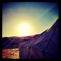 Sunrise while camping in the sahra desert Nature Photography Tips, Photography Tips For Beginners, Sun Worship, Beautiful Sunrise, Photo Essay, Marrakech, Outdoor Gear, Morocco, Places To Go
