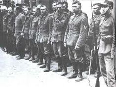 Alemanes capturados en el Distrito de Praga, Varsovia - Campaña de Polonia, 1939.