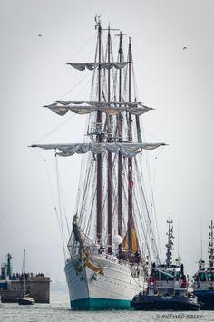 Sailboat on Pinterest | Tall Ships, Sailing Ships and Hms Bounty