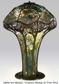 Louis Comfort Tiffany lamp, Virginia Museum of Art. (via: Luxist)