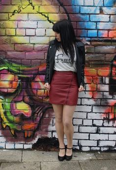 Photo-shoot went well. Check out this red skirt and freedom top at www.sammielou.co.uk