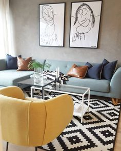 Interior Design For Living Room Blue Couch Living Room, Living Room Sets, Home Living Room, Living Room Decor, Light Blue Couches, Light Blue Walls, Decor Room, Home Decor, Interior Design Living Room
