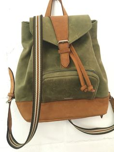 Leah backpack - 100% leather