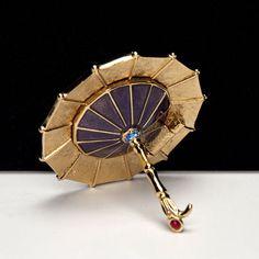 2005_Estee Lauder - ROYAL PARASOL - Beyond Paradise Solid Perfume Compact