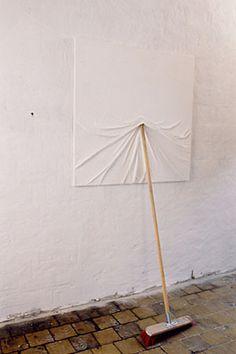 Bildträger, by Markus Hofer.