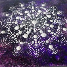 Original Dotart White en púrpura pintura de por CreateAndCherish