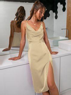 Elegant Dresses For Women, Dresses For Teens, Elegant Outfit, Classy Dress, Long Party Gowns, Satin Cami Dress, Dress Outfits, Fashion Outfits, Pretty Prom Dresses