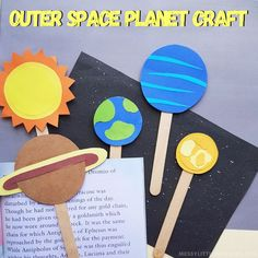 Take your kids on a fabulous adventure to the stars and beyond! Our Outer Space Planet Craft for kids is the perfect extra touch to make reading sessi Easy Easter Crafts, Easy Crafts For Kids, Toddler Crafts, Fun Crafts, Planet Crafts, Earth Craft, Orange Paper, Space Planets, Cool Art Projects