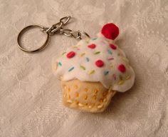 cute cupcake key chain