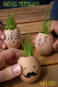Actividad para el fin de semana / Weekend project Crafts To Do, Crafts For Kids, Arts And Crafts, Mental Health Art, Egg Decorating, Activity Games, 4 Kids, Easter Crafts, Kids Playing