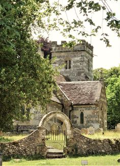 Abandoned Churches, Old Churches, Bournemouth, Beautiful Castles, Beautiful Places, Dorset England, English Village, British Countryside, Chapelle