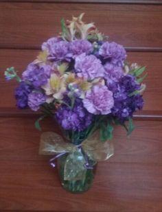 Purple and lavender flower arangement #purpleflowerarrangement #lavenderflowerarrangement #mybouquetlv