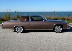 1983 Cadillac Fleetwood Brougham Coupe