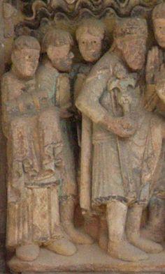 Charlemagne - tympan Conques - à 1H45 de Brin de Cocagne - chambre d'hôtes écologique de charme dans le Tarn près d'Albi - Brin de Cocagne