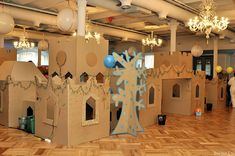 Have to take a weekend and do this with the kids someday Big Cardboard Boxes, Cardboard City, Cardboard Castle, Cardboard Crafts, Craft Activities For Kids, Crafts For Kids, Polar Express Theme, Recycled Crafts, Diy Crafts