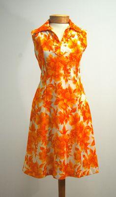 Lovely bright floral vintage dress.