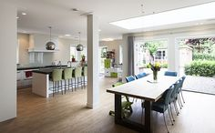JAREN 30-HUIS   gestript   uitbouw vouwt zich om huis heen   leefkeuken   lichtstraat   solatubes   Zeist   via www.weberontwerpt.nl