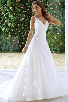 Causal A-line Wedding Dresses with Plunging Neckline - MY DREAM Wedding Dress