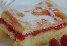 Pudingové rezy z lístkového cesta Sweet Recipes, Cheesecake, Anna, Coffee, Cheesecake Cake, Coffee Cafe, Cheesecakes, Kaffee, Cup Of Coffee