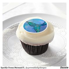 Shop Sea Turtle Watercolor Beach Tortoise Ocean Water Edible Frosting Rounds created by printabledigidesigns. Personalize it with photos & text or purchase as is! Gluten Free Frosting, Cupcake Frosting, Buttercream Frosting, Hibiscus, Acacia Gum, Gold Cupcakes, Baby Shower Cupcake Toppers, Cream Cheese Frosting, Royal Icing