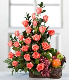 Send flowers to Bolivia – Trust daFlores international florists for expertly crafted bouquets. Tropical Flower Arrangements, Artificial Flower Arrangements, Fruit Arrangements, Tropical Flowers, Artificial Flowers, Flower Centerpieces, Flower Decorations, Beautiful Roses, Beautiful Flowers