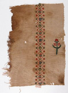 Textile Fragment, Egypt 5th century, The Metropolitan Museum of Art  wool, linen; plain weave, tapestry weave  posted by: Frank