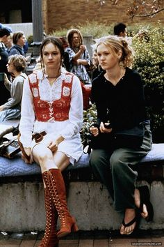 10 things i hate about you. I need those platform flip flops in my life again!!