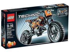 Scheur door het zwaarste terrein op de stoere Crossmotor! Een oersterke LEGO Technic 2-wieler met allerlei realistische functies zoals een kettingaandrijving, bewegende zuigers, voor- en achtervering en terreinbanden. Dit coole 2-in-1 model is zo realistisch als het maar kan zijn! Kan worden omgebouwd tot een Speedway motor met voor- en achtervering en motorblok met bewegende zuigers.