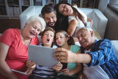 2020 Real Estate Generational Trends for Baby Boomers, Gen Xers and Millennials Marketing Jobs, Real Estate Marketing, Aging Parents, Real Estate Business, Home Ownership, Fun Facts, Couple Photos, Children, Psicologia