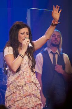 ''...Love that never fails  Arms that never close  Blood that covers sin  Grace that never ends...''♫ #KARIJOBE