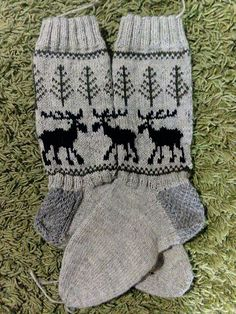 Knit Mittens, Knitting Socks, Hand Knitting, Knit Or Crochet, Christmas Stockings, Needlework, Knitwear, Fashion Beauty, Gloves