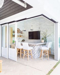 """Brooke Wagner Design on Instagram: """"It's been a minute since we posted this picturesque indoor / outdoor space ↑ Perfect for the family who loves to entertain! Builder…"""" Outdoor Kitchen Countertops, Outdoor Kitchen Bars, Outdoor Kitchen Design, Concrete Countertops, Granite, Kitchen Counters, Outdoor Kitchens, Outdoor Cooking, Outdoor Spaces"""