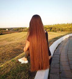 Pin by Tatiana Matewa on Hair in 2020 One Length Hair, Waist Length Hair, Long Red Hair, Very Long Hair, Beautiful Long Hair, Gorgeous Hair, Long Brunette, Silk Hair, Hair Photo