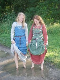 """Image from Vibeke's myspace page, she says, """"Washing..??"""""""
