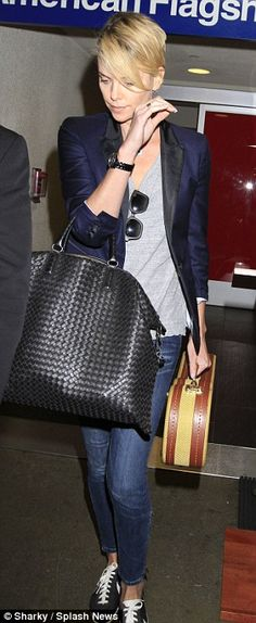 Who made Charlize Theron& black watch, woven handbag, and sneakers that she wore at LAX airport Cool Outfits, Casual Outfits, Fashion Outfits, Womens Fashion, Christian Dior Purses, Charlize Theron Style, Fashion Dictionary, Cropped Jeans, Celebrity Style