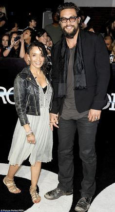 "That's right, Lisa Bonet is married to ""Game of Thrones"" actor Jason Momoa, and if she ever gets sleepy, he can carry her in a baby sling. Black Celebrities, Celebs, Jason Momoa Lisa Bonet, Beautiful Men, Beautiful People, Iowa, Lenny Kravitz, Interracial Couples, Thing 1"