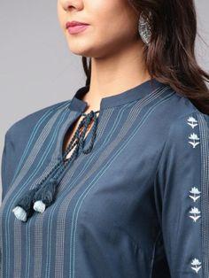 Chudidhar Neck Designs, Neck Designs For Suits, Neckline Designs, Sleeves Designs For Dresses, Dress Neck Designs, Stylish Dress Designs, Churidhar Designs, Salwar Designs, Simple Kurti Designs