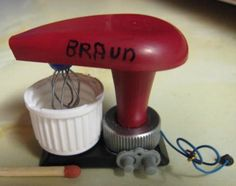 Another original little kitchen gadget - this time a mixer made from found objects | Source: NUKKEKODIT NEHAFO JA SIRANDA