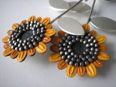 Earrings made of 925 silver and leather. The whole decorated with oxidised, silver beads. Silver Beads, 925 Silver, Cool Pins, All That Glitters, Jewerly, Handmade Jewelry, Hand Painted, Sunflowers, Ethereal