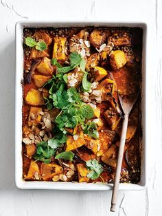 Tray-Roasted Pumpkin & Lentil Korma Curry from Donna Hay Magazine Fast Issue Curry Recipes, Vegetarian Recipes, Cooking Recipes, Healthy Recipes, Healthy Tips, Korma, Indian Food Recipes, Asian Recipes, Roast Pumpkin
