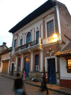 La Candelaria, Bogota Downtown. Colombia #SomosTurismo @Dituristico Spanish Pronunciation, Miguel Angel, Was, Homeland, Santa Fe, America, Mansions, Country, Architecture
