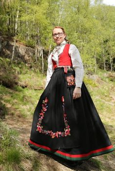 Eskorte aust agder escorte in oslo Oslo, Vest, Norway, Victorian, Costumes, Scandinavian, Pdf, Dresses, Fashion