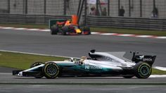 Lewis Hamilton (GBR) Mercedes-Benz F1 W08 Hybrid leads Max Verstappen (NED) Red Bull Racing RB13 at Formula One World Championship, Rd2, Chinese Grand Prix, Race, Shanghai, China, Sunday 9 April 2017. © Sutton Motorsport Images