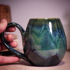 What a little cutie! This 14 oz Boreal Bliss mug will be listed in tomorrow's noon central time Etsy restock. Full preview on the Sublime Pottery Facebook page. More info in bio.
